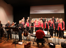 Gospelchor in concert 17/6<div class='url' style='display:none;'>/</div><div class='dom' style='display:none;'>ref-wil.ch/</div><div class='aid' style='display:none;'>1091</div><div class='bid' style='display:none;'>7331</div><div class='usr' style='display:none;'>15</div>